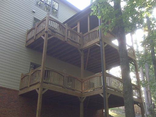 outdoor living and deck contractor